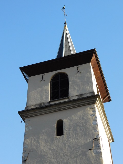 bell-tower-2153931_640